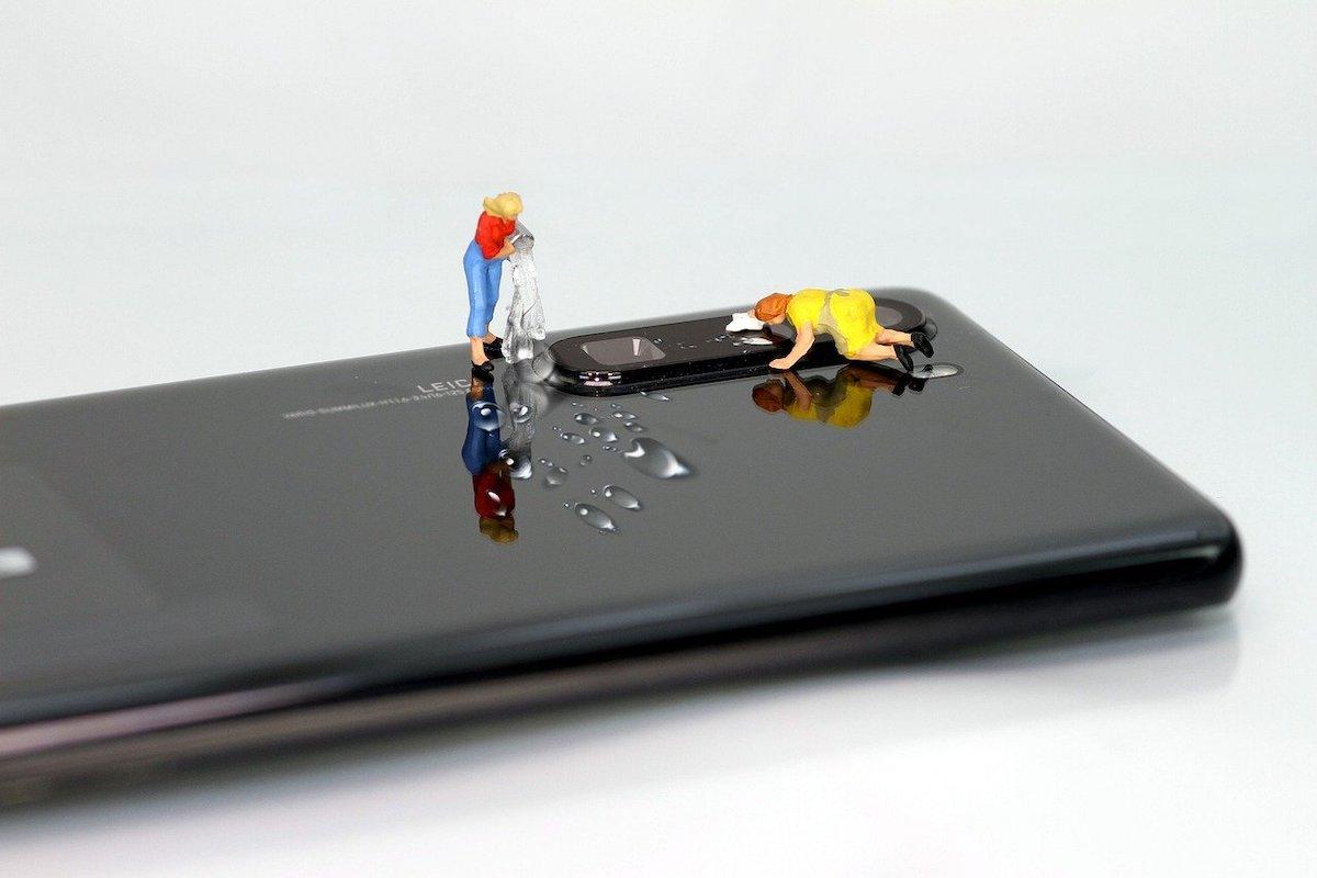 Mobiel lens schoonmaken