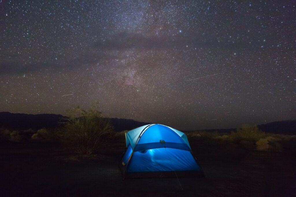 In de donkere nacht fotograferen