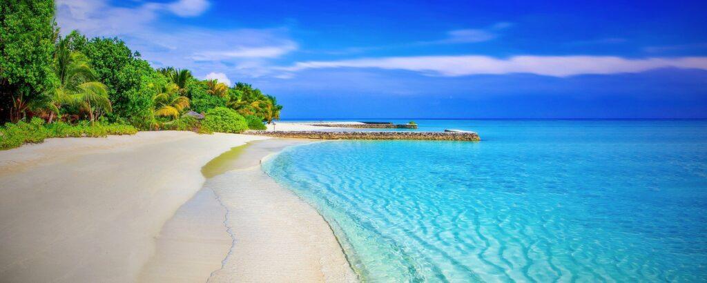 Blauw strand